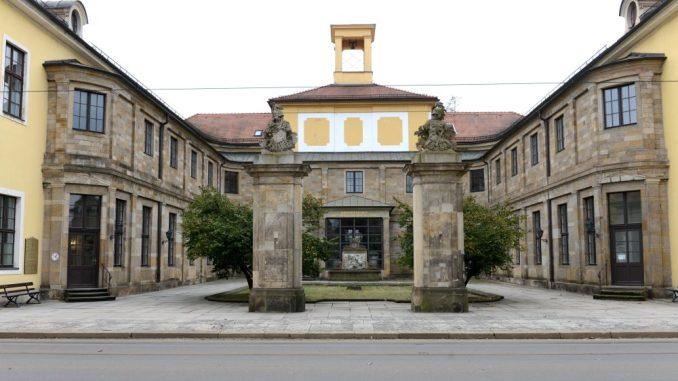 Das Krankenhaus Friedrichstadt wurde Opfer von Einbrechern. Foto: Petra Hornig