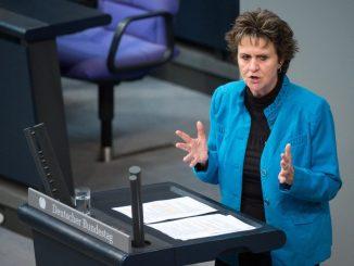 Sabine Zimmermann (Die Linke) im Bundestag. Foto: Bernd von Jutrczenka/Archiv