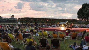 Achtung Palais Sommer Verschiebt Heute Yoga Konzert Und Kino Dawo Dresden Am Wochenende