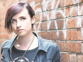 "Hat 160 000 Follower auf Twitter – Laurie Penny liest in Dresden aus ihrer ""Bitch Doktrin"". Foto: Jon Cartwright"