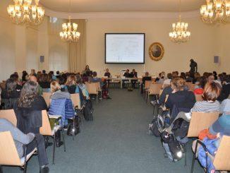 Rund hundert Fachleute verfolgten am Mittwoch die Konzeptvorstellung im Festsaal des Landhauses. Foto: Una Giesecke
