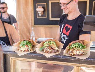 Vom 16. - 18. März findet im Dresdner Ostrapark das Street Food Festival statt. Die Besucher erwarten exotische Speisen und Getränke aus der ganzen Welt. Foto: PR