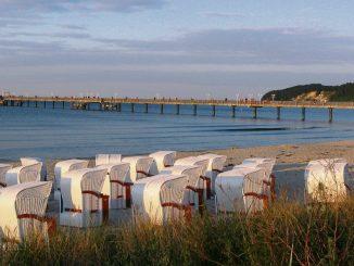 Abendstimmung am Binzer Strand. (Foto: Kurverwaltung)