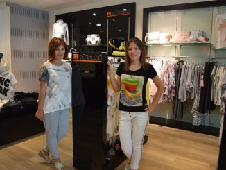 Viktoria und Anna Voigt laden auch in Dresden in die Boutique Royal ein.