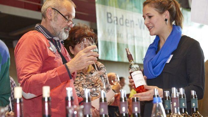 Ob rot, rosé oder weiß; ob trocken oder edelsüß – die Vielfalt der präsentierten Weine bietet für jeden Geschmack einen passenden Tropfen. Foto: T. Koch