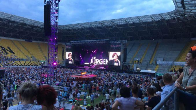 Jürgen Drews war einer der Stars bei der Show am Wochenende in Dresden. Foto: Kristin Helterhoff