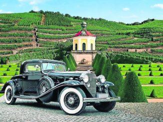 """""""Concours d'Élégance"""" zeigt Motor-Klassiker vor historischer Kulisse."""