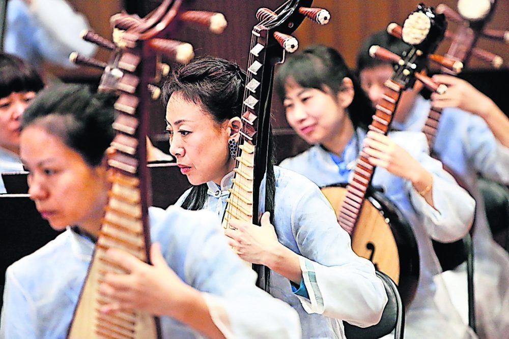 Gewinnspiel: Dresdner Philharmonie lädt zu Klangerlebnissen aus allen Himmelsrichtungen