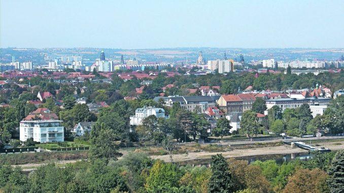 Der Blick vom Veilchenweg auf Dresden Foto: Gesellschaft Historischer Neumarkt