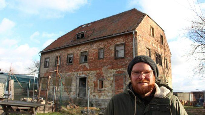 Robert Heinrich leitet seit Mai 2018 die Geschicke auf dem Kinder- und Jugendbauernhof in Dresden Nickern. (Foto: S. Burkhardt)