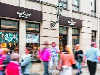 Das Geschäft von KronSegler UhrenGalerie in Dresdens Hilton Hotel, nahe der Frauenkirche, bietet schöne Uhren, Geschenkideen und das Besondere für Liebhaber der Zeit. (Foto: PR)