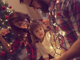 Günstige LED-Lichterketten sorgen für weihnachtliches Ambiente und geringeren Stromverbrauch. // Foto: MäcGeiz