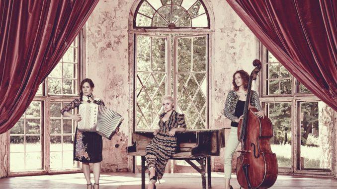 Laura Zimmermann (v.l.), Ela Steinmetz und Natalie Plöger sind ELAIZA.