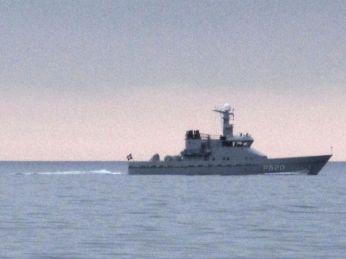 Marinen passerer