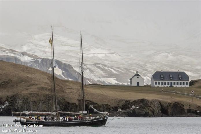 2014, februar, 8. Er der så høje fjelde i Norge? Færøerne? Island? - Det er måske nordlige Island?