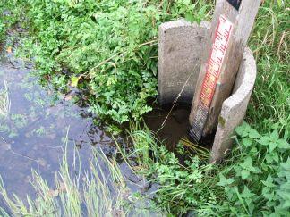 Vandet står under målerens nederste 00