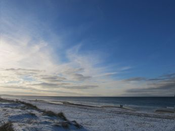 Nordpå er der blå himmel
