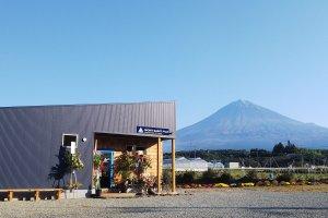 富士宮市 ケーキ&カフェ MONT SAINT FUJIモンサンフジ