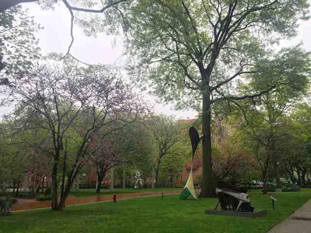 bk-sculpture-garden