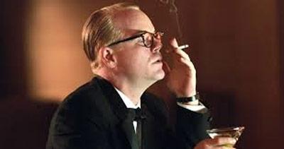 Hoffman as Capote