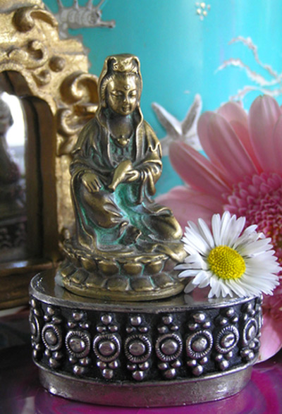 Kwan Yin, space for the sacred