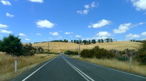 Rolling hills just out of Launceston