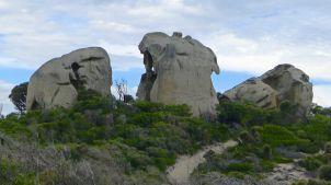 Approaching 'Skull Rocks'