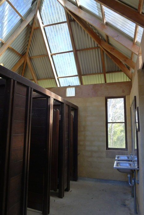 Very nicely made facilities at Govett's Leap picnic area