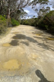 You need a 4wd to drive the pock-marked Glenraphael Drive