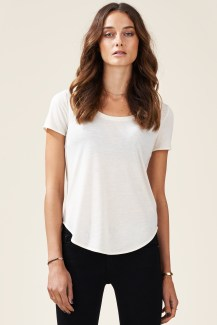 DayNightCasual_Tshirt_front_creme