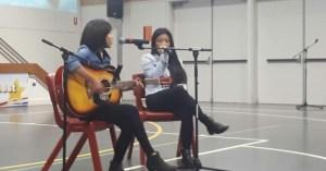Filipino girls singing