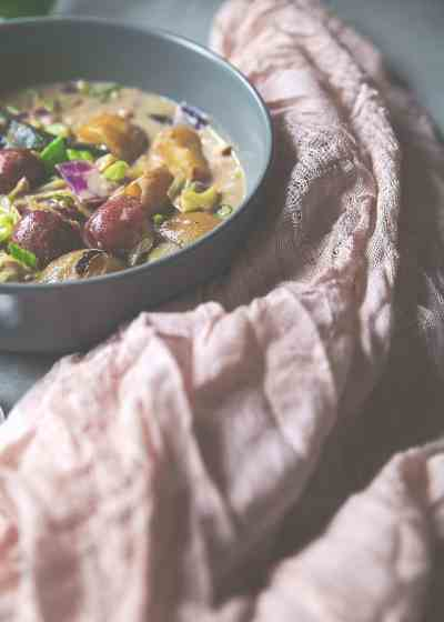 Spicy Potato & Cabbage Coconut Curry with Lemongrass