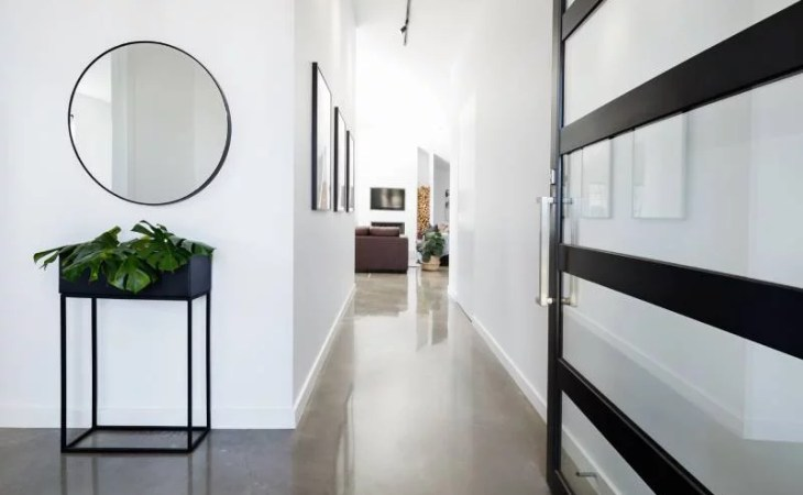 4 Amazing Ways You Can Use Mirrored Furniture