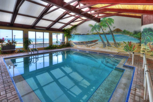 Hawaiian Inn DSC 4311And8more tonemapped