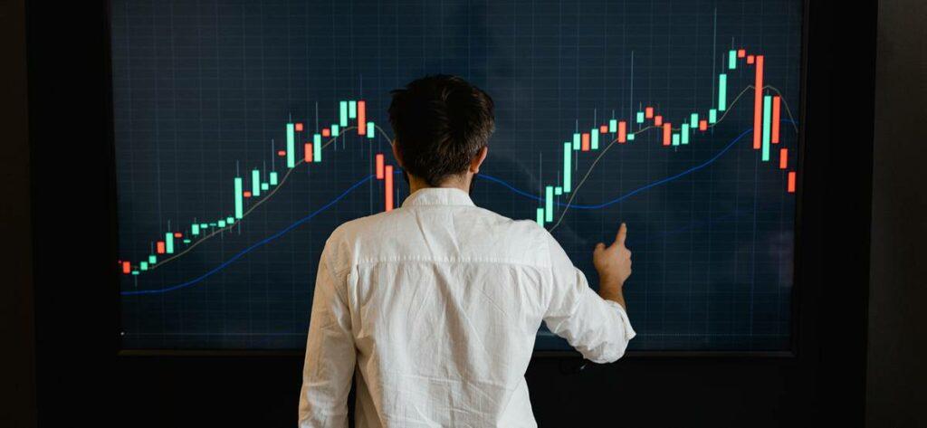 528b946e868678c16d97d775a6a62158 scaled Сентябрь — не наилучшее время для рынка акций