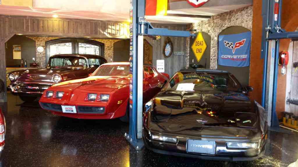 Ultimate Man cave at the Auto Motor Plex