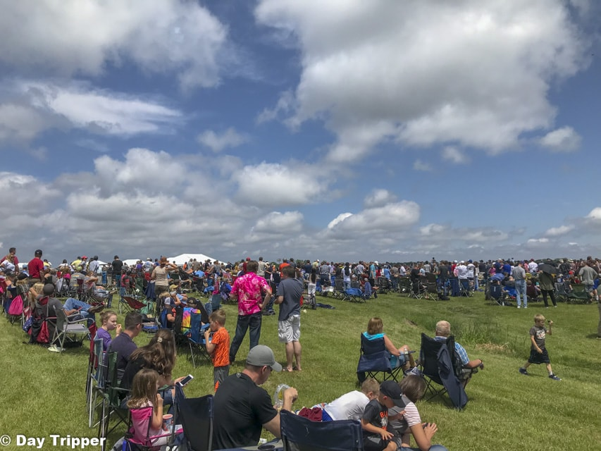 Finding a Seat at the Air Shows