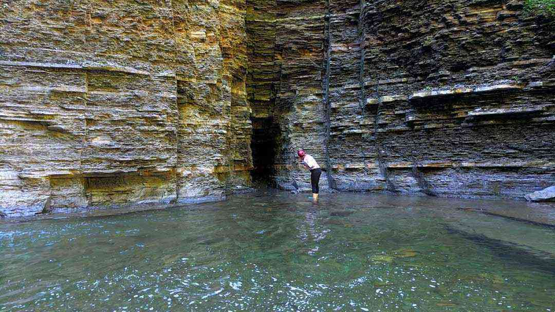 Transcending places around Rochester: Grimes Glen