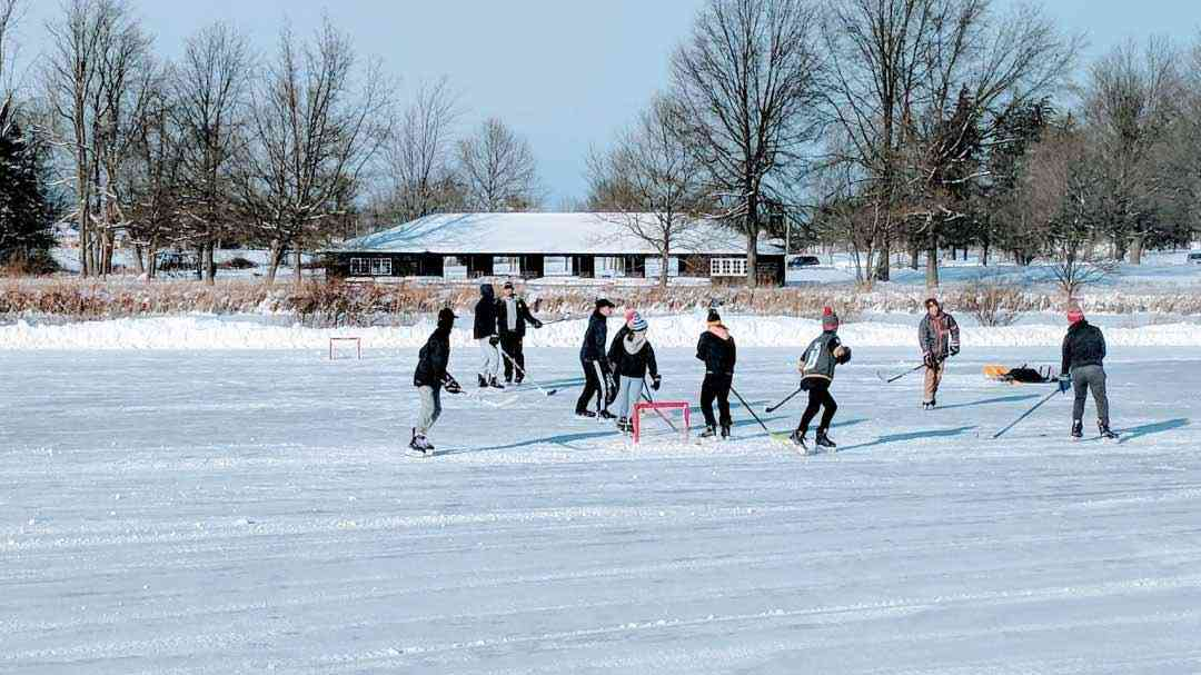 20 Outdoor and Indoor Ice Skating Rinks Around Rochester