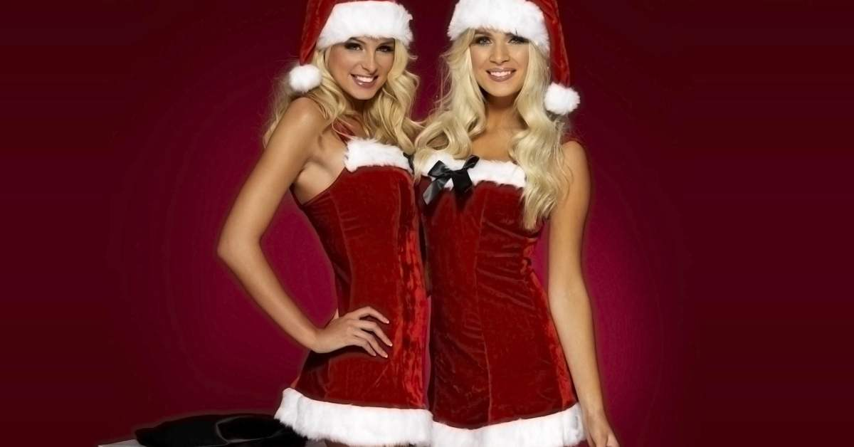 Deal: Get into the Christmas Spirit with Santa Outfits!