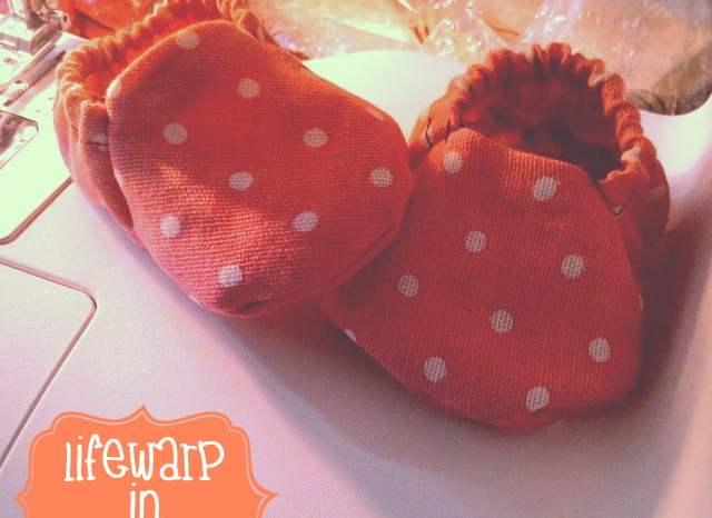 The Jesselton Girl Sewing: Simple Baby Booties