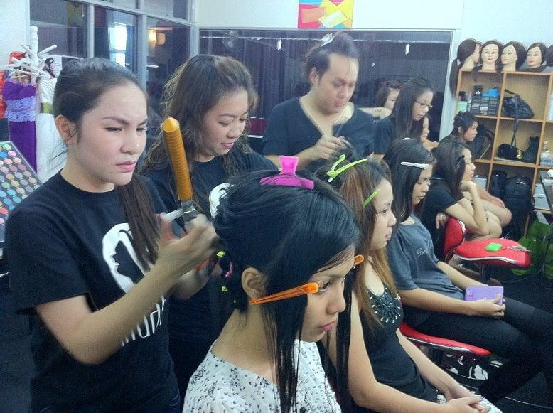 The Jesselton Girl Local: MUAH Studio Academy (Sabah)