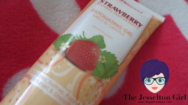 Review: Chriszen Strawberry Exfoliating Gel Mild & Gentle, The Jesselton Girl