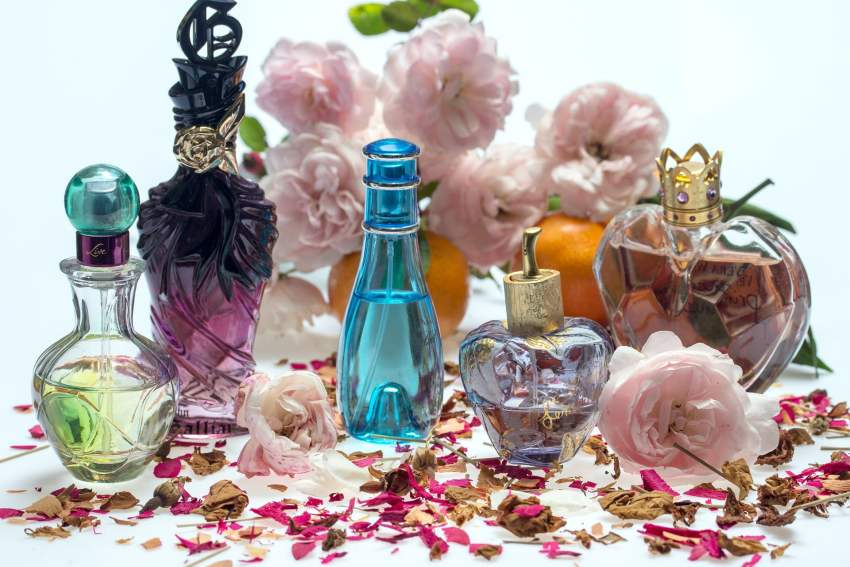 The Jesselton Girl Deals: 8 Best-Seller Perfumes from HottPerfume.com