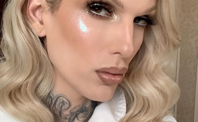 First Kylie Jenner Now Jeffree Star Feuds With Lady Gaga S