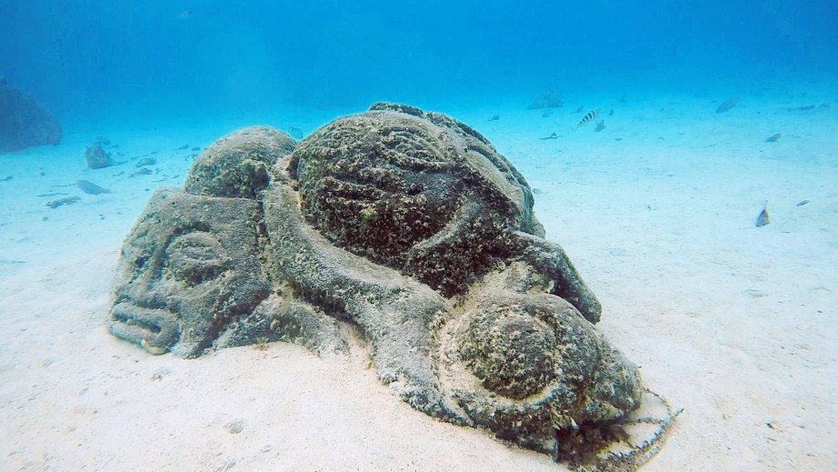 ~Underwater Tiki