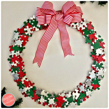 Make a festive Christmas puzzle pieces wreath. Easy and cheap Christmas craft for home.