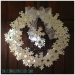 How to Make Winter Snowflake Wreath From Puzzle Pieces