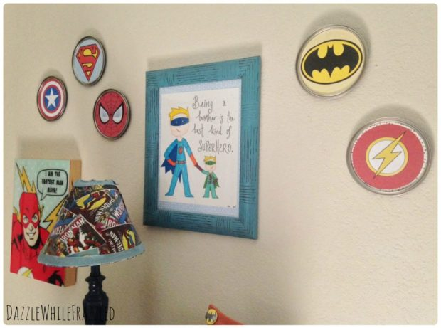 DIY Superhero Paint Can Lid Emblem