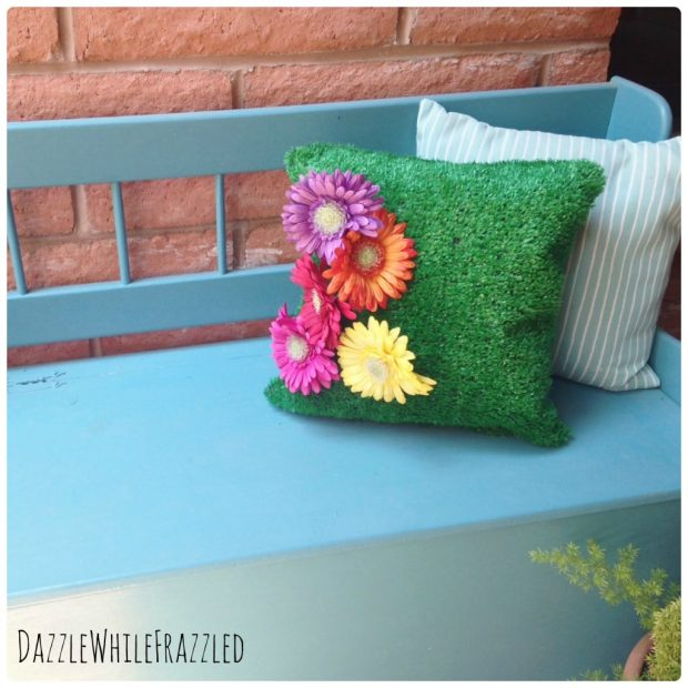 How to make an astro turf pillow